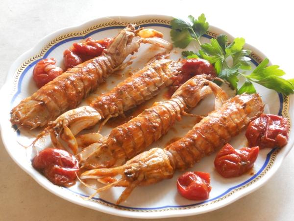 Canocchie in rosso ricetta preparazione e ingredienti for Pesce rosso costo