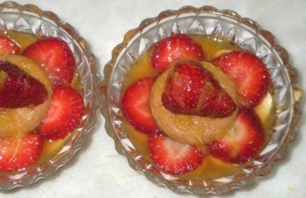 Dessert di fragole e banane al Grand Marnier