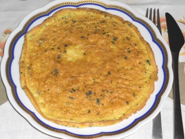 Frittatina con aglio pecorino e basilico