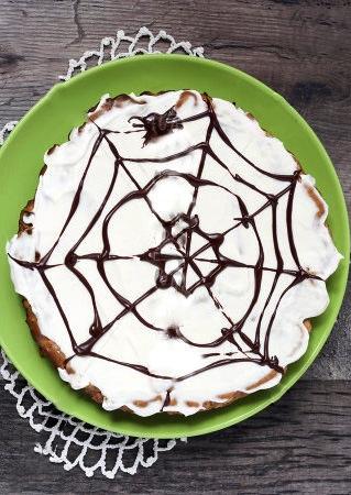 Torta con ragnatela per Halloween