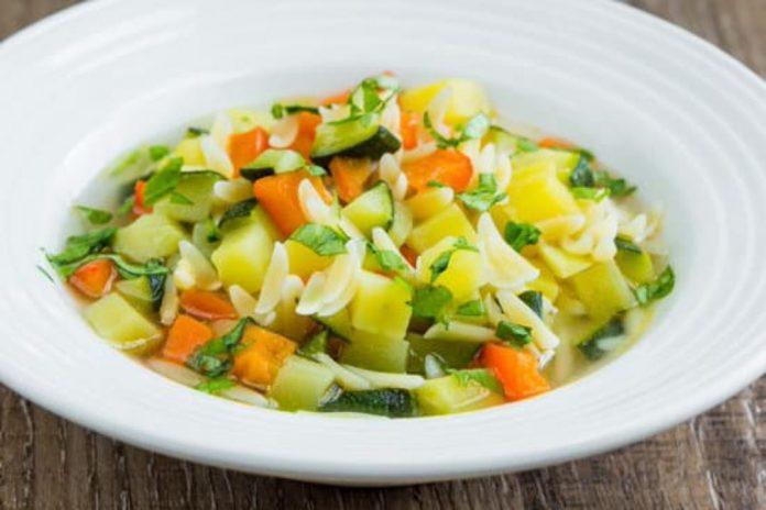 ricetta minestra con patate