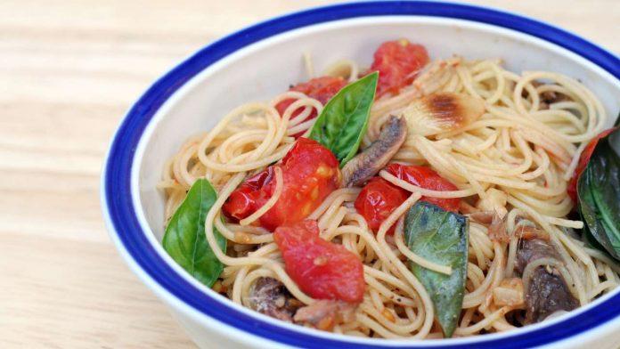 ricetta pasta con alici