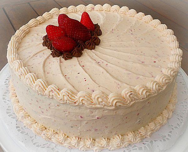 Torta Di Panna Montata Mezzokilo