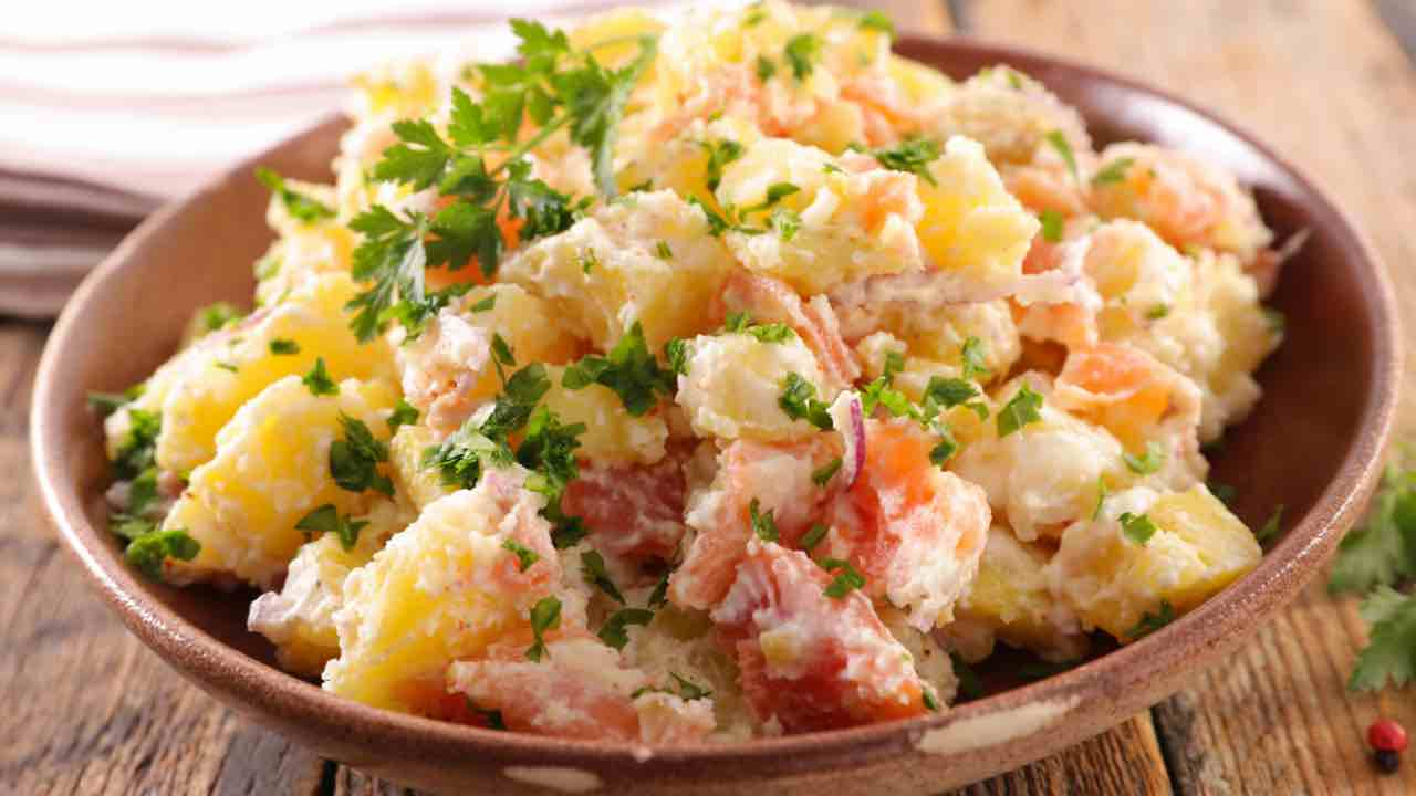 ricetta insalata e salmone